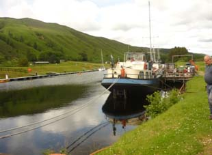 The floating pub at the end of Loch Oich