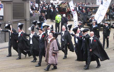 Passing Mansion House and doffing hats to the new Lord Mayor