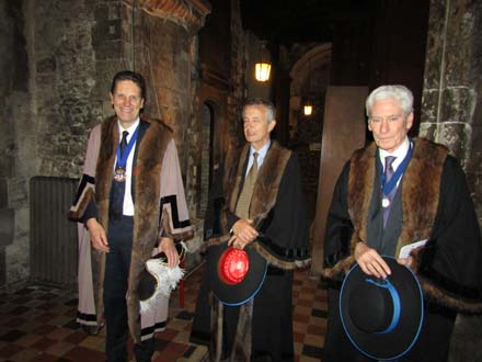 Carol service 2015 Master and wardens 2015-12-09 19.19.16