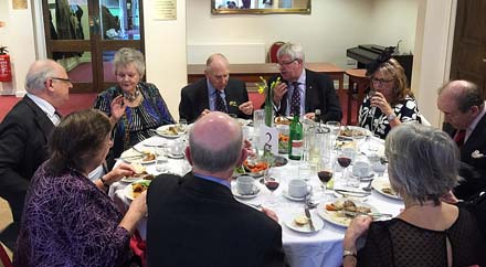 Luton Lunch 2016 lunch table 1 image2