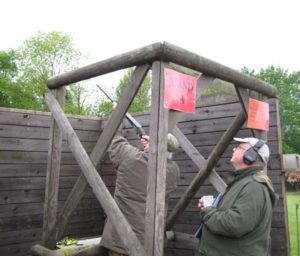 Jollyon aims at a High Tower clay.