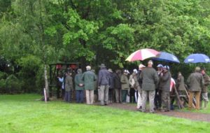 Queueing at a stand